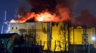 El incendio en un centro comercial empujó al gobernador a renunciar