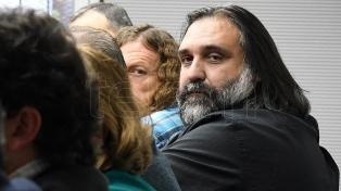 Maestros protestan en reclamo de una cláusula gatillo de ajuste salarial