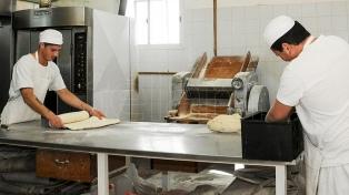 Los panaderos acordaron una paritaria del 15% en dos tramos
