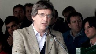"""""""El campo va a seguir trabajando con cualquier espacio político"""", dijo el titular de Carbap"""