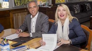 El Gobierno y la gobernadora Bertone firmaron un convenio para construir viviendas