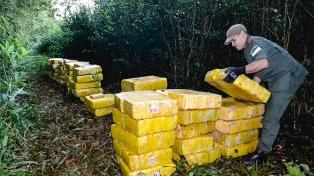 Operativo Pan B: incautan 1750 kilos de marihuana en una ruta de Misiones