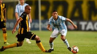 Peñarol derrotó a Atlético Tucumán en Montevideo