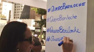 """Bariloche """"hizo nevar"""" en la Avenida Paulista para promocionar su temporada de invierno"""