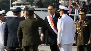 Las Fuerzas Armadas y la Policía reconocen a Vizcarra como jefe supremo