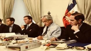 """Rechazan dichos de diputado que llamó """"terroristas"""" a las víctimas de Pinochet"""