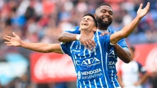 Godoy Cruz goleó a San Lorenzo y ahora es el escolta de Boca