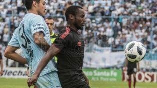 Newell's logró un agónico empate ante Atlético en Tucumán