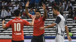 Independiente venció a Talleres en Córdoba