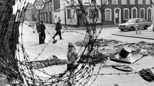 Belfast celebra 20 años de paz con el Brexit y la crisis política amenazando el pacto