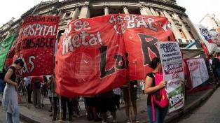 Cientos de mujeres se movilizaron al Congreso para apoyar la despenalización