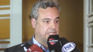 """""""Intentar condicionar a un árbitro atrasa veinte años"""", apuntó Spinosa"""