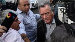 Barrionuevo pidió el desalojo de la sede del PJ, que quedó vigilada por la Policía