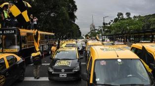 Ley antiUber: taxistas porteños se concentran para marchar a la Legislatura