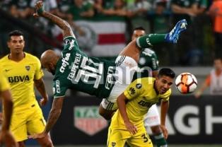 """Boca se llevó un punto en su visita a Palmeiras cuando Tevez se jugó de """"nueve"""""""