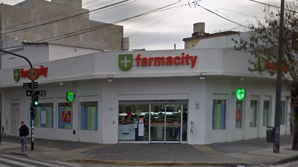 Procesaron a un ex funcionario de Mauricio Macri — Cadena de farmacias