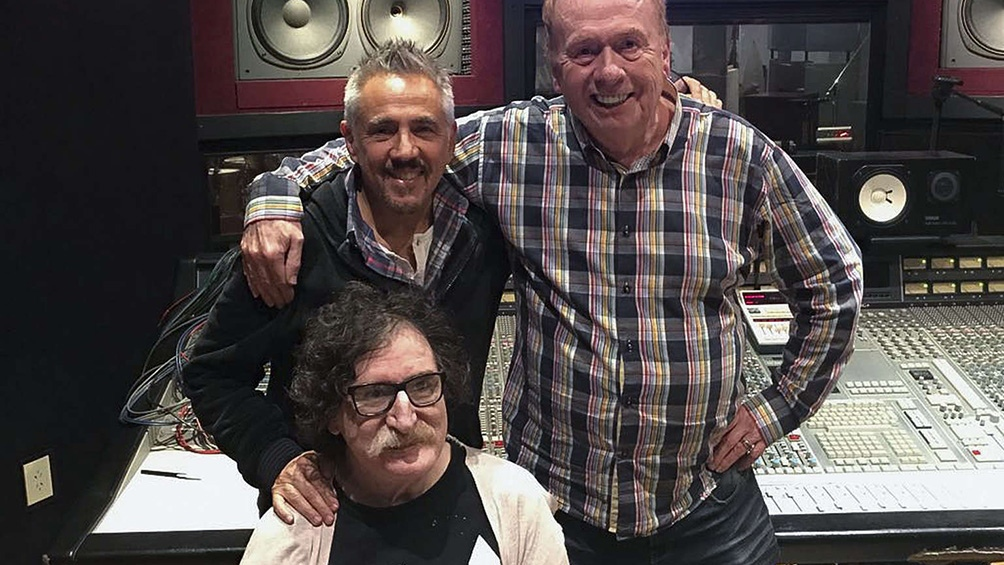 Charly, el ingeniero de The Beatles y Lerner grabaron un tema ...