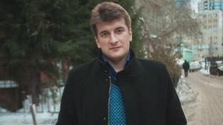 Un periodista ruso murió tras caer de un balcón en circunstancias no aclaradas