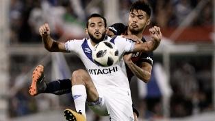Vélez empató con San Lorenzo y condenó a Chacarita al descenso