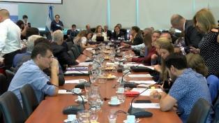Experiencias personales y opiniones de médicos, filósofos y abogados, en la tercera audiencia del debate sobre el aborto