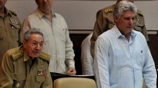 Fuerte respaldo de Castro al flamante presidente Díaz-Canel tras el recambio