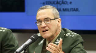 """Asesor de Bolsonaro acusó a Macron de realizar """"amenazas militares"""""""