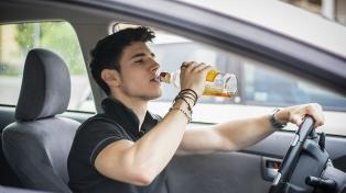 Uno de cada dos jóvenes asegura que conduciría después de tomar alcohol