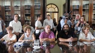 El gobierno bonaerense y los docentes vuelven a reunirse esta tarde