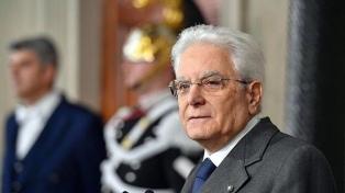 """Mattarella pide acordar un """"gobierno neutral"""" o llamará a elecciones urgentes"""