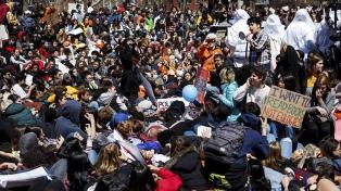 Amnistía pide reparación a las víctimas de armas de fuego