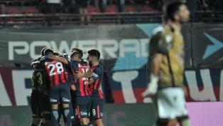 San Lorenzo le ganó a Chacarita y quedó a cuatro puntos de Boca