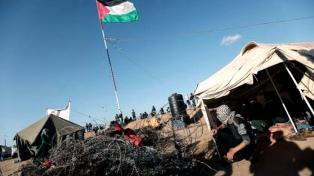 Dos palestinos mueren por heridas de disparos en las protestas contra Israel