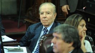 """Menem pidió que """"Dios ilumine los actos"""" de los dirigentes del peronismo"""