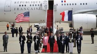 Macron llegó a EEUU para iniciar su visita de Estado, la primera de la era Trump