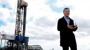 """Macri celebró la primera exportación de gas: """"Estamos dejando atrás el pasado"""""""