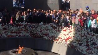 Los armenios conmemoran el 103º aniversario del Genocidio