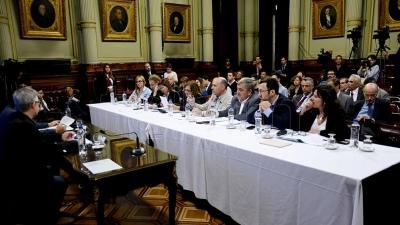 Se reúne la bicameral parlamentaria que investiga lo ocurrido con el submarino