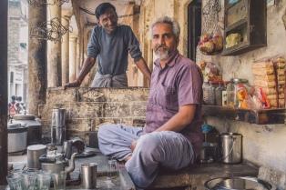 Siguiendo el modelo americano, India cambia su forma de tomar té