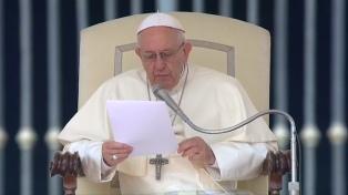 """""""Sin legalidad ni seguridad resultan dañados los más débiles"""", dijo el papa Francisco"""
