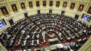 Juraron los 130 diputados electos y asumió Massa como presidente