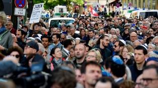 Los alemanes se ponen kipás y protestan contra las agresiones antisemitas