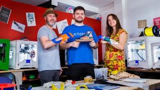 Lanzan una campaña para la donación de prótesis de manos y brazos
