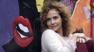 """Gabriela Toscano: """"Hoy es un riesgo montar un drama en Avenida Corrientes"""""""