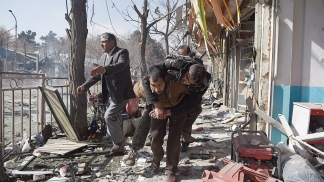 KABUL: Un atentado suicida deja 25 muertos y 49 heridos
