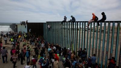 EEUU separó a casi 2.000 menores inmigrantes de sus familias en la frontera con México