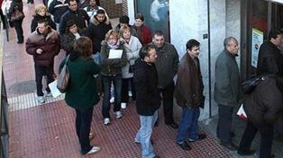 La desocupación subió a 10,6% y el empleo informal alcanzó al 34,5% de los trabajadores