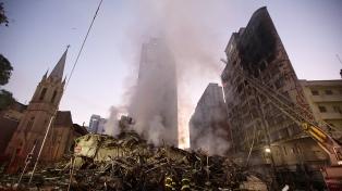 En medio de insultos, Temer no pudo visitar el edificio derrumbado