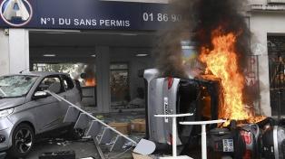 París paralizada por numerosos disturbios y daños