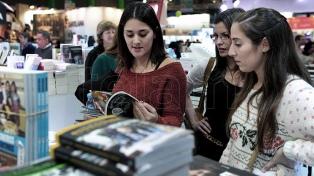 Con protestas y reclamos, quedó inaugurada la 45° Feria del Libro