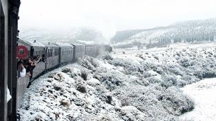 El tren turístico La Trochita funcionará tres días a la semana durante el invierno